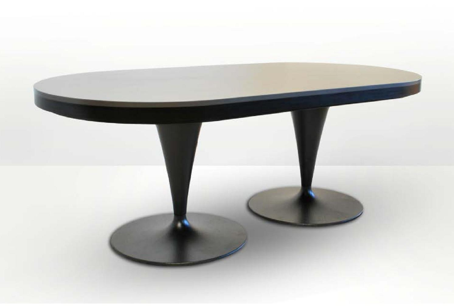 Mesa de poker oval caiman dise o metal negra for Mesas de tv de diseno