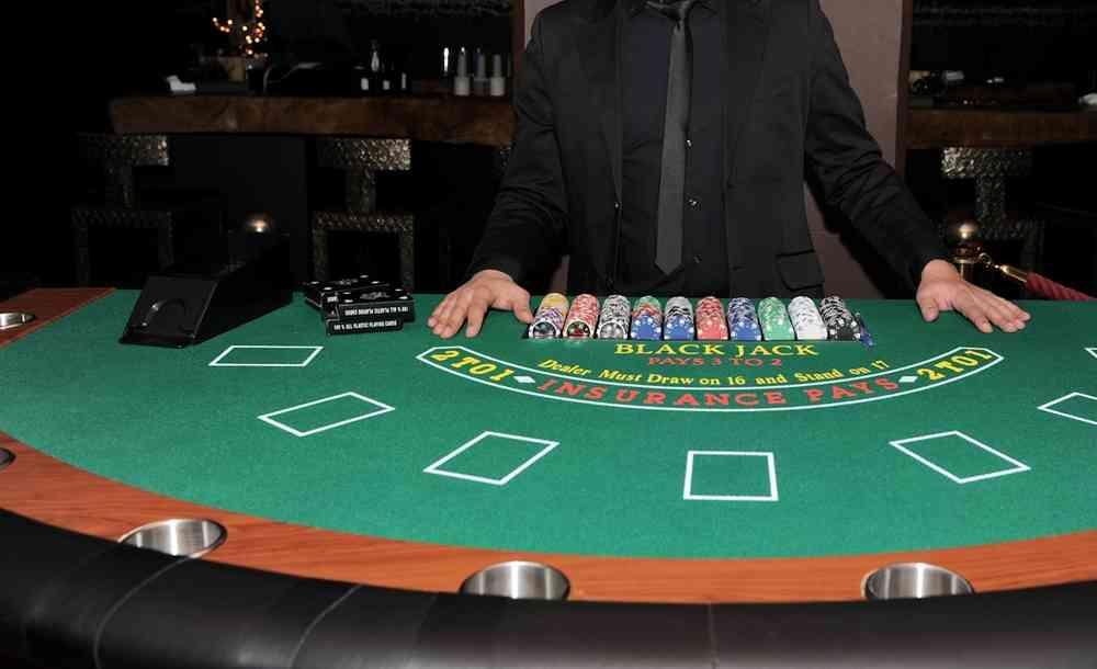 Poker nashville bar