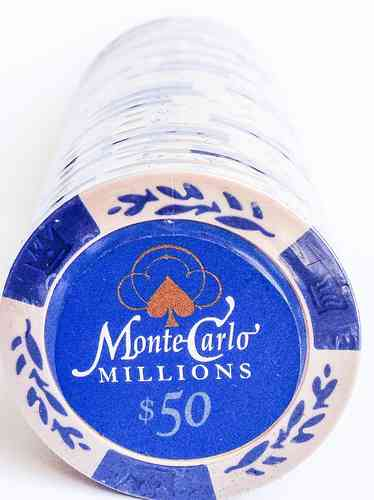 25 Montecarlo Millons Clay Chips value 50$ blue